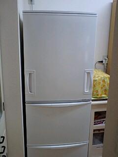 冷蔵庫が両開き